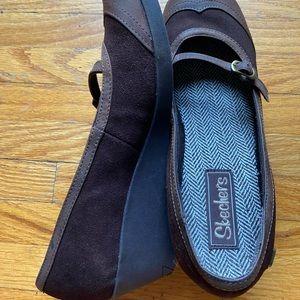 Skechers Brown Size 7.5
